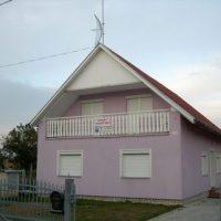 Penzión Fialový dom